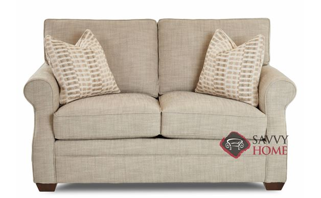Williamsburg Loveseat by Savvy