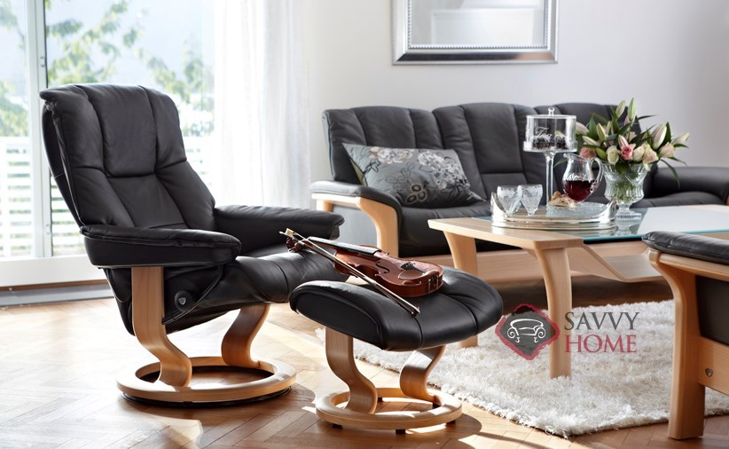 mayfair leather chair by stressless is fully customizable by you. Black Bedroom Furniture Sets. Home Design Ideas